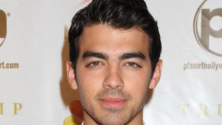 Joe Jonas devine mentor!