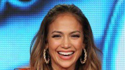 "Jennifer Lopez părăseşte ""American Idol"""