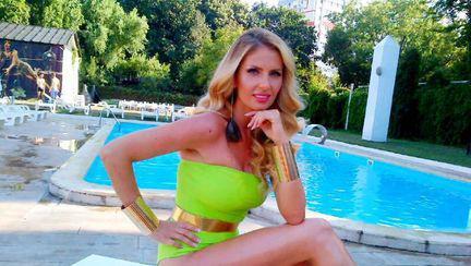 Ce hot e Andreea Bănică în monokini!