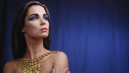 Scârbos: Iată cu ce se machiau femeile din antichitate