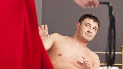 Bărbaţi: 5 obiceiuri pe care ar trebui să le împrumutăm de la ei