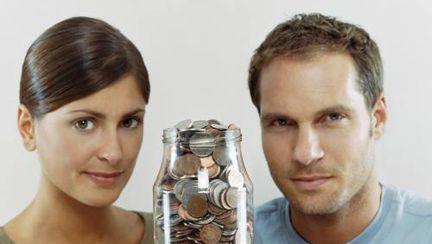 Cuplu: Banii, motiv de dezbinare?