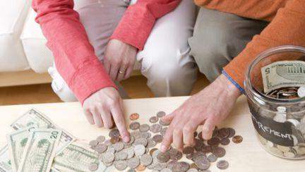 Bugetul tău: 4 trucuri pentru a scăpa de datorii
