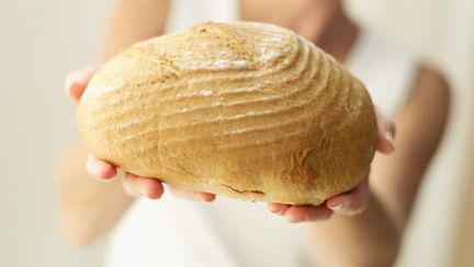 Dietă: Pâinea îngraşă sau nu? Ce spune nutriţionistul