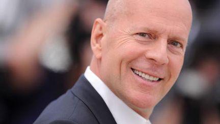 Bruce Willis dă în judecată compania Apple. Vezi de ce!