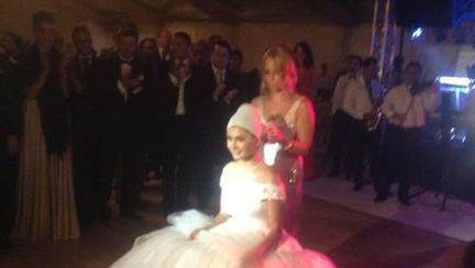 Nuntă Elena Băsescu: Vezi cele mai emoţionante momente!