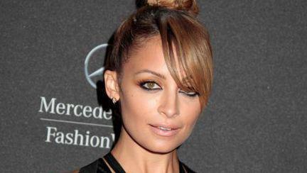 Nicole Richie, dezbrăcată sau stilată?