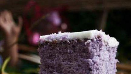 Reţete raw: Prăjitură cu struguri, migdale şi ciocolată fără foc