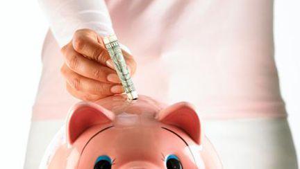 Banii tăi: 4 metode inedite prin care economiseşti bani rapid