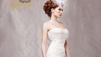 Rochii de mireasă personalizate la Marithe Crystal Event 2012