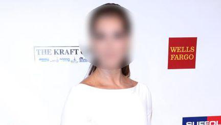 Ghiceşte vedeta: Cine arată atât de bine la 47 de ani?
