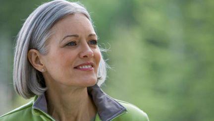 Dr. Oz: De ce îţi albeşte părul