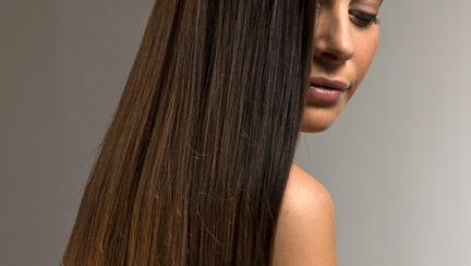Frumuseţe: 5 trucuri pentru un păr frumos şi strălucitor