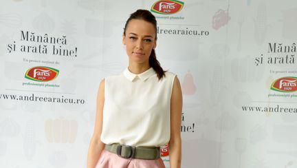 Nici prin minte nu-ţi trece cine este noul iubit al Andreei Raicu!