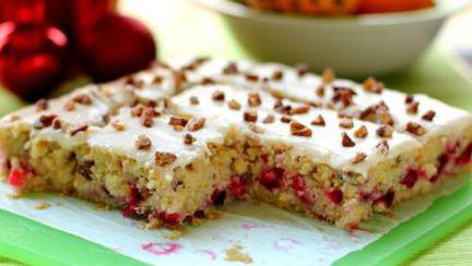 DESERT de POST: Prăjitură cu portocale şi merişor în stil vegan