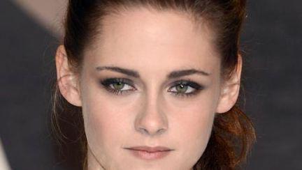 Katy Perry şi Kristen Stewart se luptă pentru un rol într-un film!