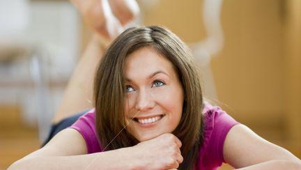 Psihologie: Cum te vindecă terapia prin voie bună?