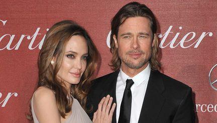 Vedete: Brad Pitt şi Angelina Jolie s-au căsătorit în secret?