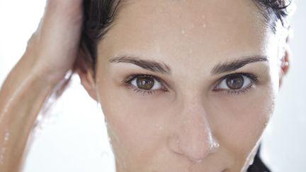 Frumuseţe: Cum se îngrijeşte o femeie de peste 50 de ani?