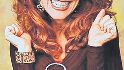 O mai recunoști pe «Peggy Bundy»? Vezi cum arată acum!