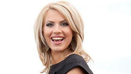 Amna, primul artist român care va cânta pe aceeaşi scenă cu Adele, PSY şi Pitbull!