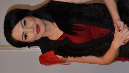 Poze: Uite cum s-a îmbrăcat Andreea Mantea. Îţi place ţinuta?