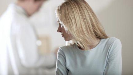 Ţi-e frică de ginecolog? Vezi de ce nu trebuie să amâni controlul!