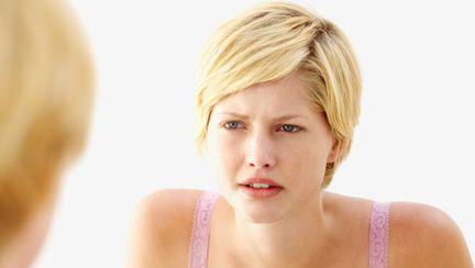 Cele mai întâlnite mituri despre acnee, explicate de Dr. Oana Spânu