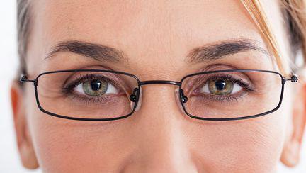 Implantul de cristalin Phakic, soluţia care te salvează de la orbire