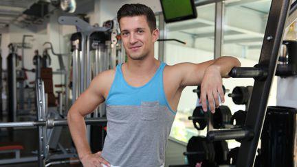 5 exerciţii minune pentru slăbit de la Florin Neby