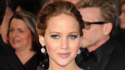 Jennifer Lawrence şi-a schimbat look-ul? Îţi place cum îi stă?