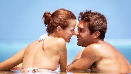 Cum îţi protejezi pielea pe timpul verii