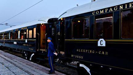 Destinaţii: Top 4 trenuri de epocă în care poţi vizita Europa în vacanţă de lux