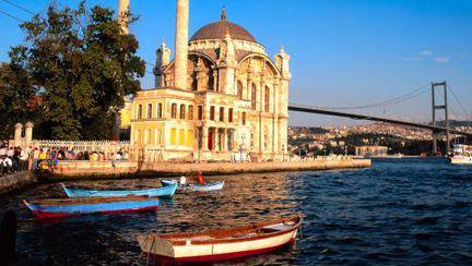 Călătorii: Istanbul, un oraş complex