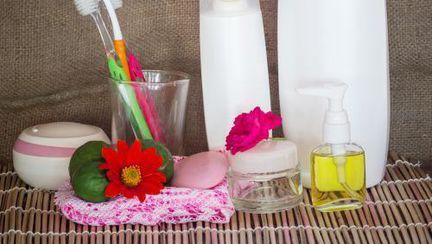 Şamponul şi balsamul de păr, ajutor în gospodărie