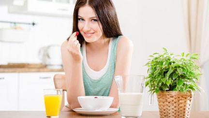 Ce să mănânci dimineaţa ca să scapi de burtă