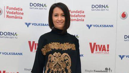 Rochii negre superbe la Viva Charity Gala
