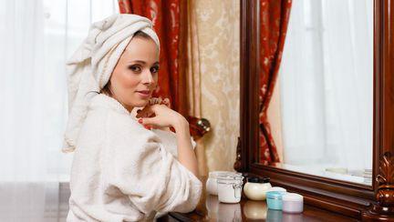 Cinci produse cosmetice înşelătoare. Pe ce NU trebuie să dai banii