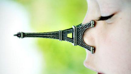 """Rinoplastia """"Turnul Eiffel"""" face furori în Asia. Vezi ce este şi cât costă"""