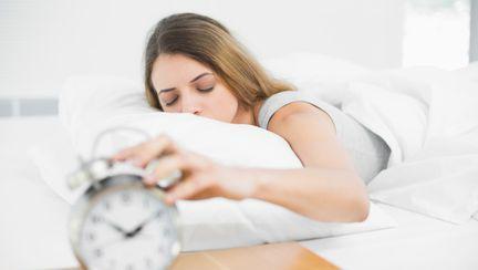 De ce apare insomnia şi cât de periculoasă este apneea