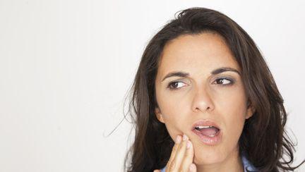 Ce boli poţi să ai dacă ţi se strică dinţii repede