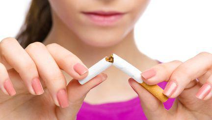 Cum să te laşi de fumat cu remedii naturale