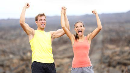 3 moduri în care îți poți face relația de cuplu de lungă durată