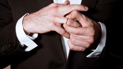 5 motive să te îndrăgosteşti de un bărbat divorţat