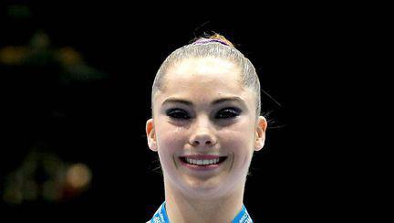 Fotografii cu gimnasta McKayla Maroney goală pușcă au apărut pe Internet. Americanca afirmă că era minoră când şi-a făcut pozele