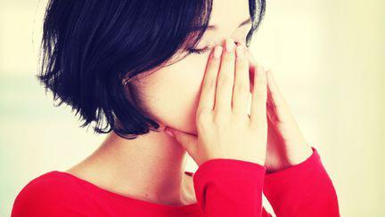 Ce înseamnă durerea din spatele ochilor