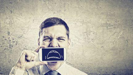5 lucruri care îi înfurie foarte tare pe bărbaţi