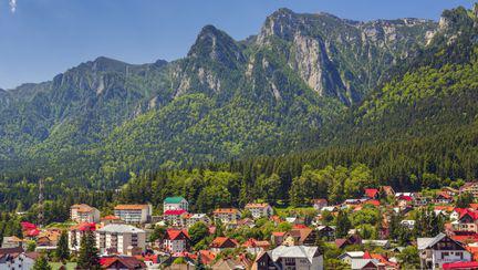 5 idei de drumeții de o zi la munte