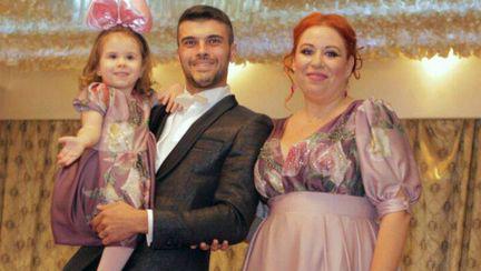 Partenerul de viață al Oanei Roman a făcut un anunț în care dădea de înțeles că se desparte de fiica fostului premier al României, Petre Roman.