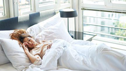 Singurul motiv pentru care te odihnești atât de bine când dormi la hotel
